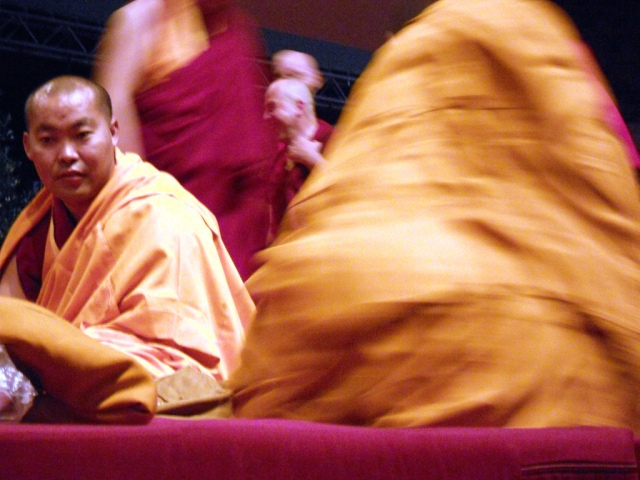 27 / 28 giugno 2012 – Milano Assago Mediolanum Forum Insegnamenti di Sua Santità il XIV il Dalai Lama - La via della felicità interiore