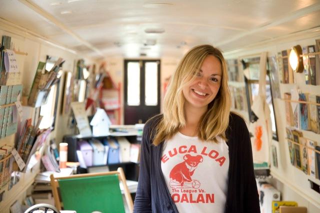 sarah-henshaw-the-book-barge