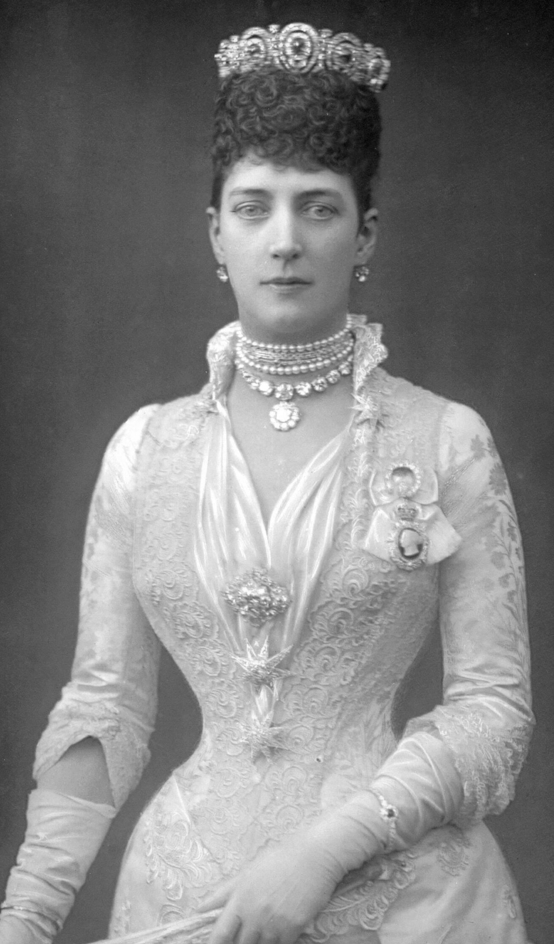 1890_princess_of_wales_al-2