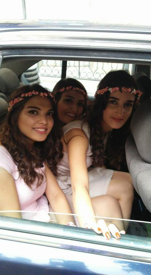 Flower Girls in Baku