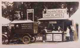 early-rowntree-chocolate-stand